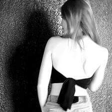 Nutzerprofil von Eleonore