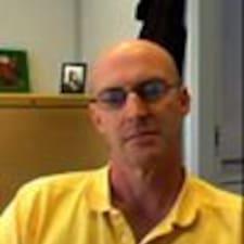 Profil utilisateur de Michael J.