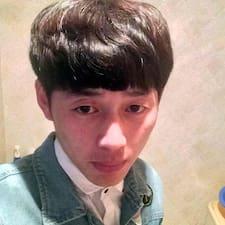 万宇 felhasználói profilja