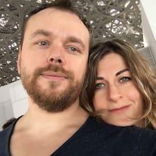 โพรไฟล์ผู้ใช้ Sergey And Alina