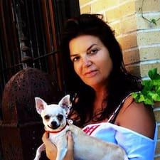 Maria Jose — суперхозяин.