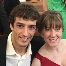 Caleb And Rachel hakkında daha fazla bilgi edinin