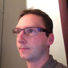 Lucien felhasználói profilja