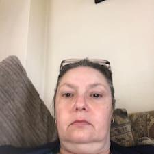 Profilo utente di Christine