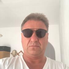 Tomáš用戶個人資料