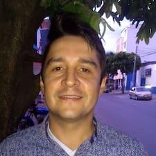 Javier Ricardo est un Superhost.