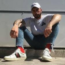 Profil Pengguna Saverio