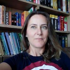 Lenara felhasználói profilja