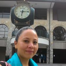 Profilo utente di Julie Paulín