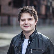 Lukáš felhasználói profilja