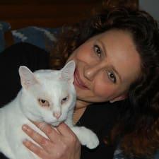 Rosanna felhasználói profilja