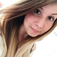 Juliane felhasználói profilja