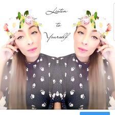 Perfil do utilizador de Loubna