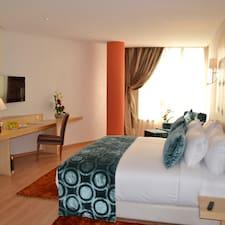 Le 135 Hôtel - Uživatelský profil
