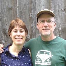 Jim And Jo Ellen is a superhost.