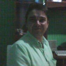 โพรไฟล์ผู้ใช้ Valdomiro