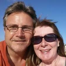 Profilo utente di Julie & Tim