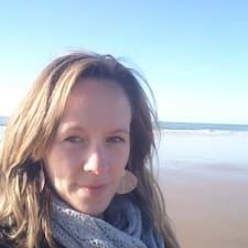Anne Cécile User Profile