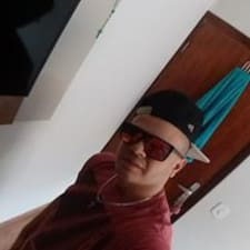Profil utilisateur de Junior