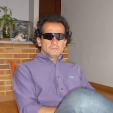 โพรไฟล์ผู้ใช้ Carlos Artro