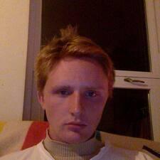 โพรไฟล์ผู้ใช้ Owen