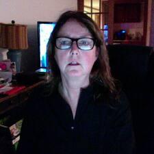 โพรไฟล์ผู้ใช้ Debra