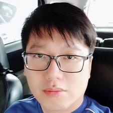 Yik Lon User Profile