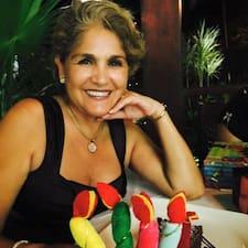 Profilo utente di Martha Evangelina
