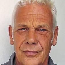โพรไฟล์ผู้ใช้ Hans-Joachim