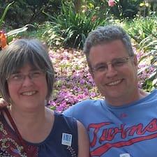 Tom & Julie - Uživatelský profil