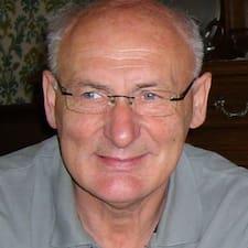 Jean-Paul User Profile