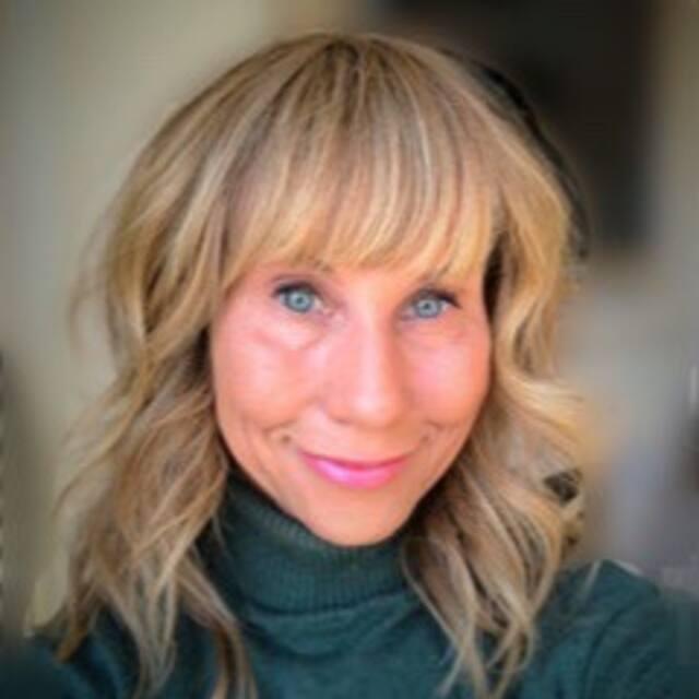 Profil uporabnika Holly
