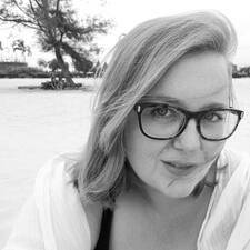 Rebecca E M User Profile