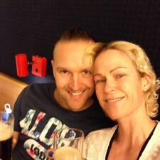 Marianne & Mike