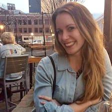 Lindsey felhasználói profilja