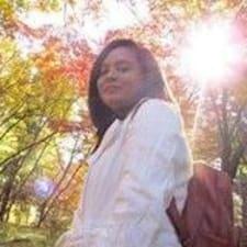 Sardiah Mae User Profile