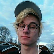 Carl felhasználói profilja
