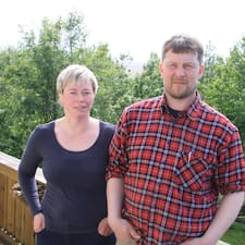 Finnbogi  Og Berglind Superhost házigazda.