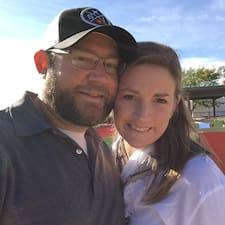 Profil Pengguna Erin And Jared