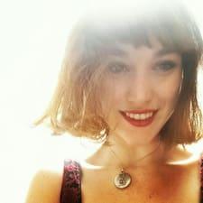 Alicia님의 사용자 프로필