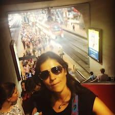 fotografia de profil a oaspetelui Maureen