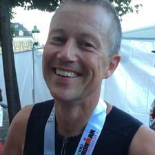 Profil Pengguna René Chlement