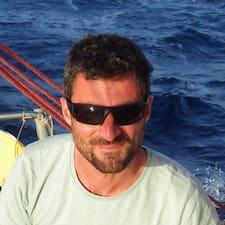 Lisätietoja majoittajasta Joel (Asso Parenthèse Marine)