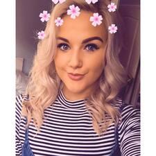 Paige Honor felhasználói profilja
