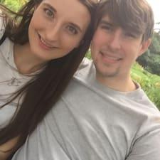 Profil utilisateur de Caitlin & Riley