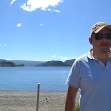 Profil Pengguna Javier