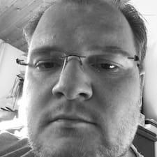 Profil Pengguna Markus