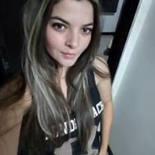 โพรไฟล์ผู้ใช้ Lina Maria