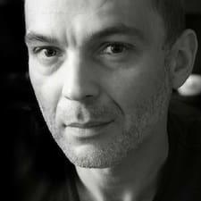 โพรไฟล์ผู้ใช้ Przemyslaw Artur