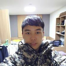 Профіль користувача 치우